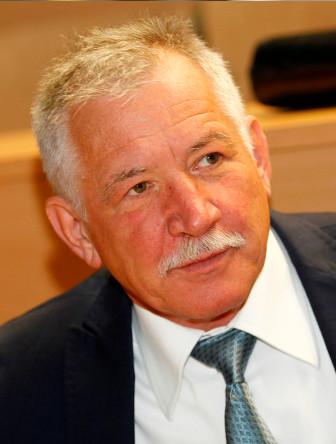 Prof Dušan Šuput